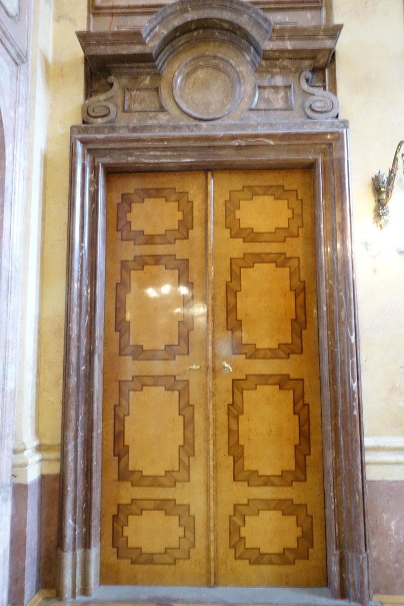 Praha, Valdštejnský palác