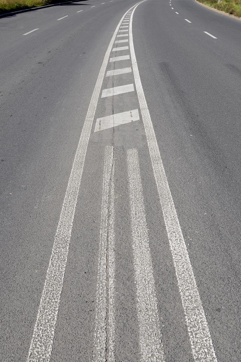 Hraniční silnice