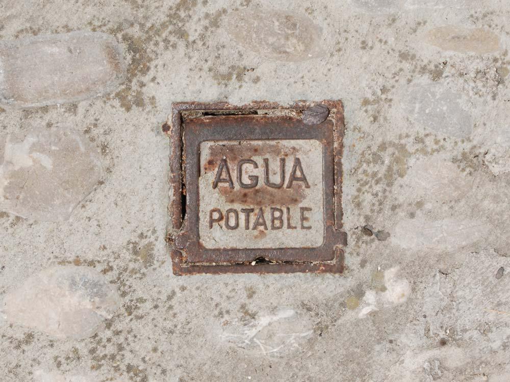 Aqua Potable