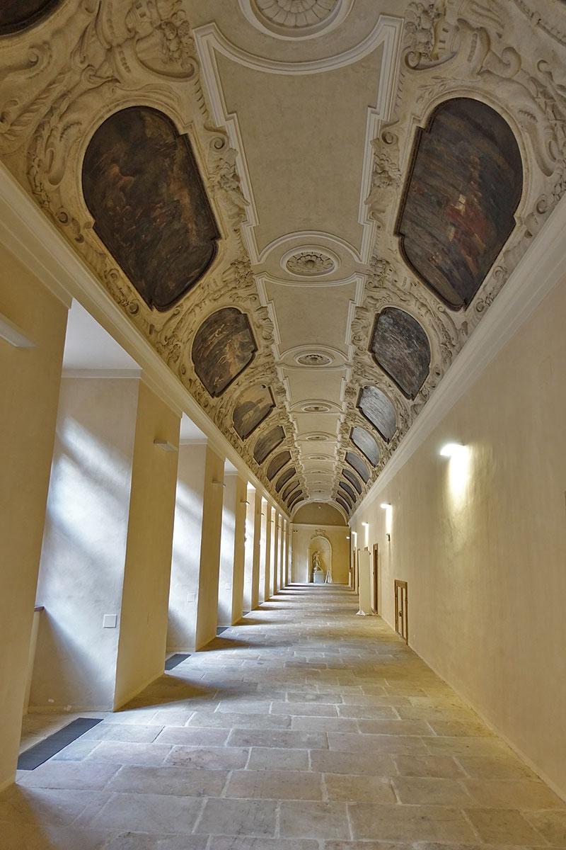 Praha, Klementinum, chodba