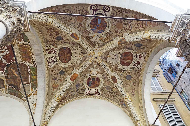 Siena, Loggia della Mercanzia