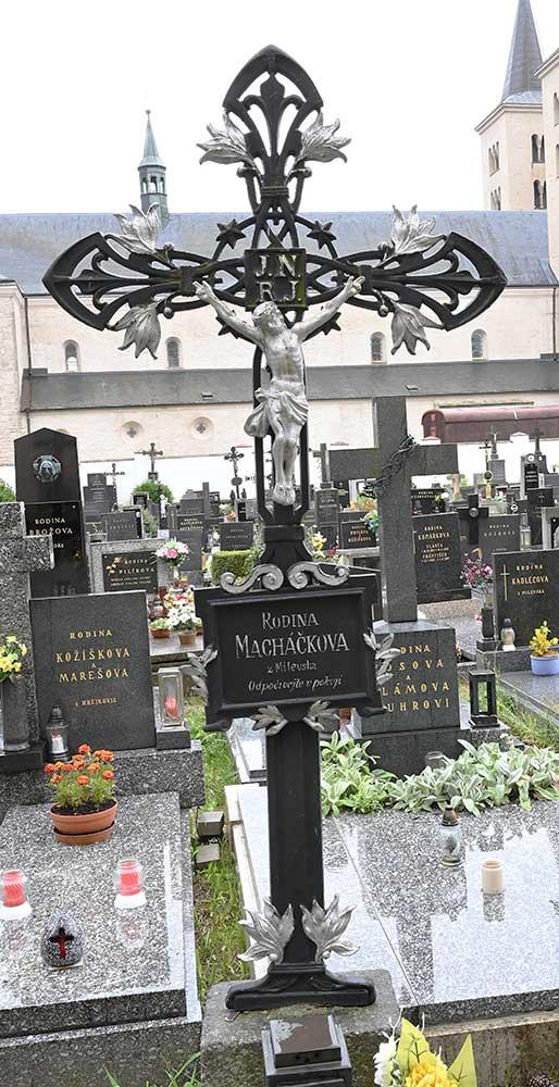 Milevsko, hřbitov