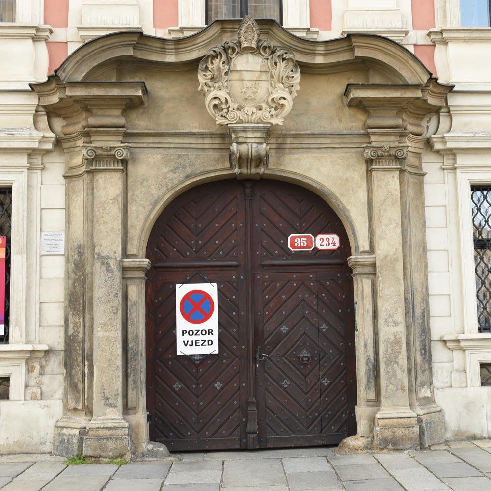 Plzeň, nám. Republiky 234