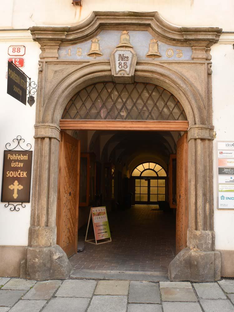 Plzeň,  Pražská 88/12