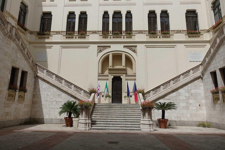 Sardinie, Cagliari,nová radnice