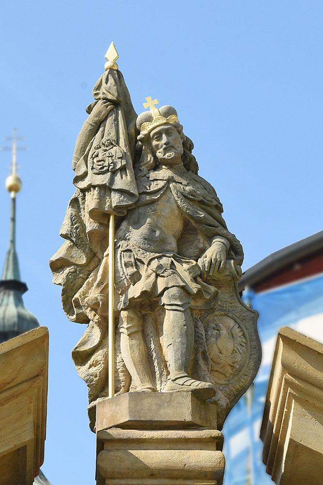 Stará Boleslav, brána, kostel sv. Václava